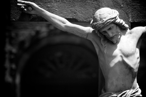 crucifixion-statue