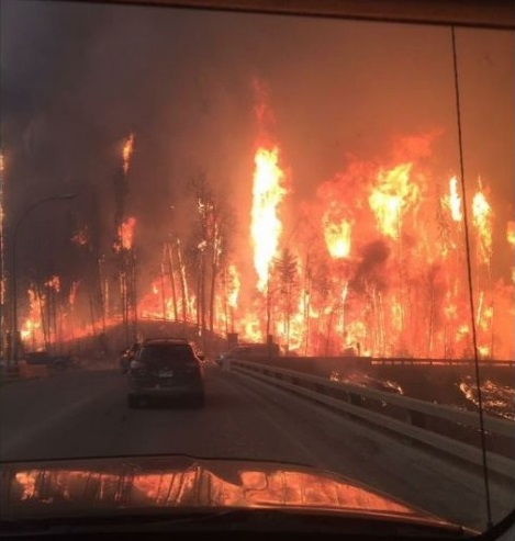 Fort-McMurray-fire-e1462330222579-878x494